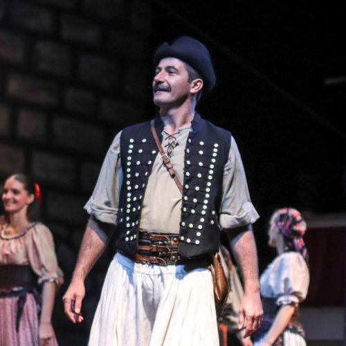 Tenkes-kapitanya-cimu-darab-Siklosi-bacsi-szerepeben-Budapest-2019